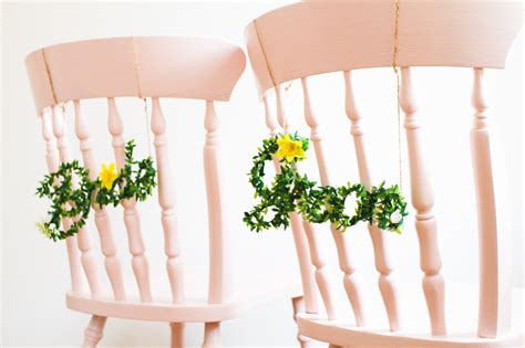 BRIDE & GROOM CHAIR HANG SIGNS DIY WITH FAUX FOLIAGE