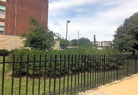 Hollins Station Townhouses Apartments - Baltimore, MD 21223