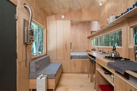Lorraine From Getaway Homes (160 Sq Ft) - TINY HOUSE TOWN