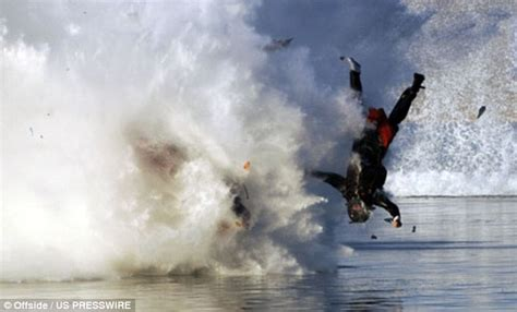 Drag boat racer escapes with a broken leg as his power